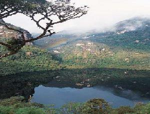 Kuelap - Condors´ Lagoon
