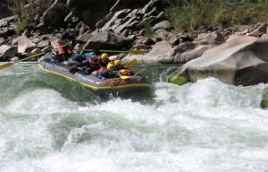 Canotaje en el rio urubamba Aventura total