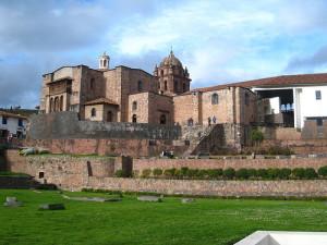 Cusco Convento de Santo Domingo construido sobre el templo del Koricancha
