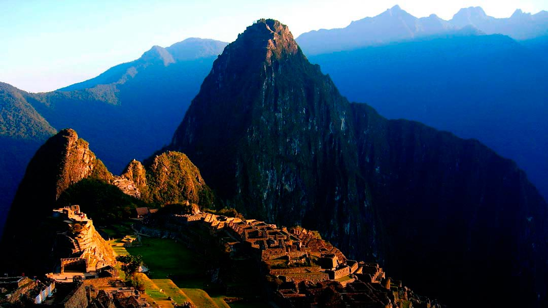 Dawn in Machu Picchu