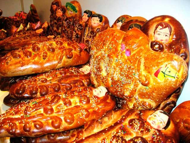 Tradicional pan wawa - Dia de todos los santos