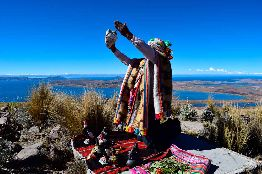 Haywariska: Ceremony of offering to the Pachamama