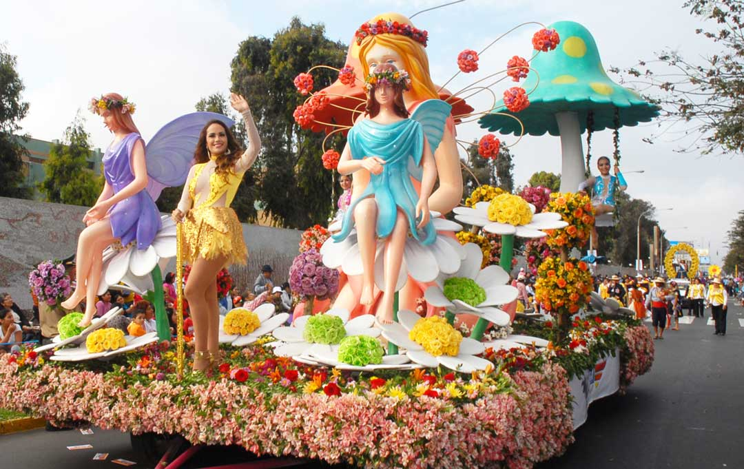 Carro Alegorico - Festival Internacional Primavera Trujillo