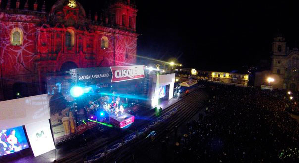 Night light and sound - Festivities of Cusco